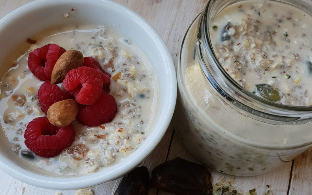 Overnight Creamy Oats with Berries
